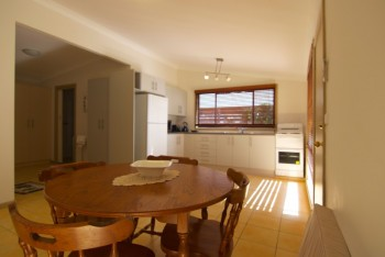 Pepper Tree Studios fully equipped Kitchen...